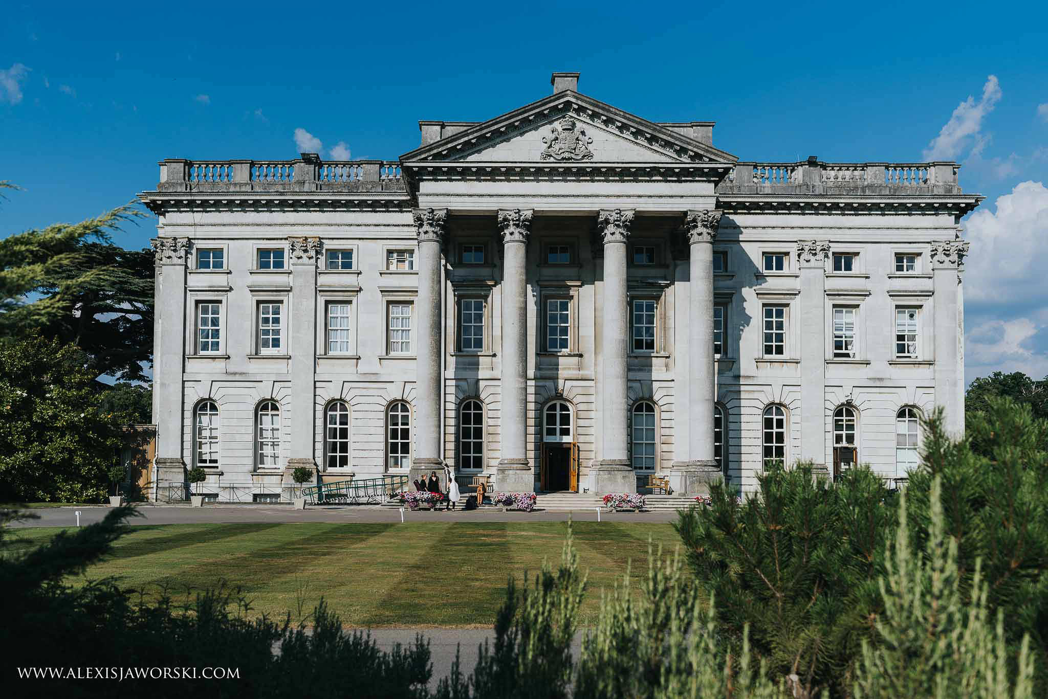 Impressive photo of Moor Park