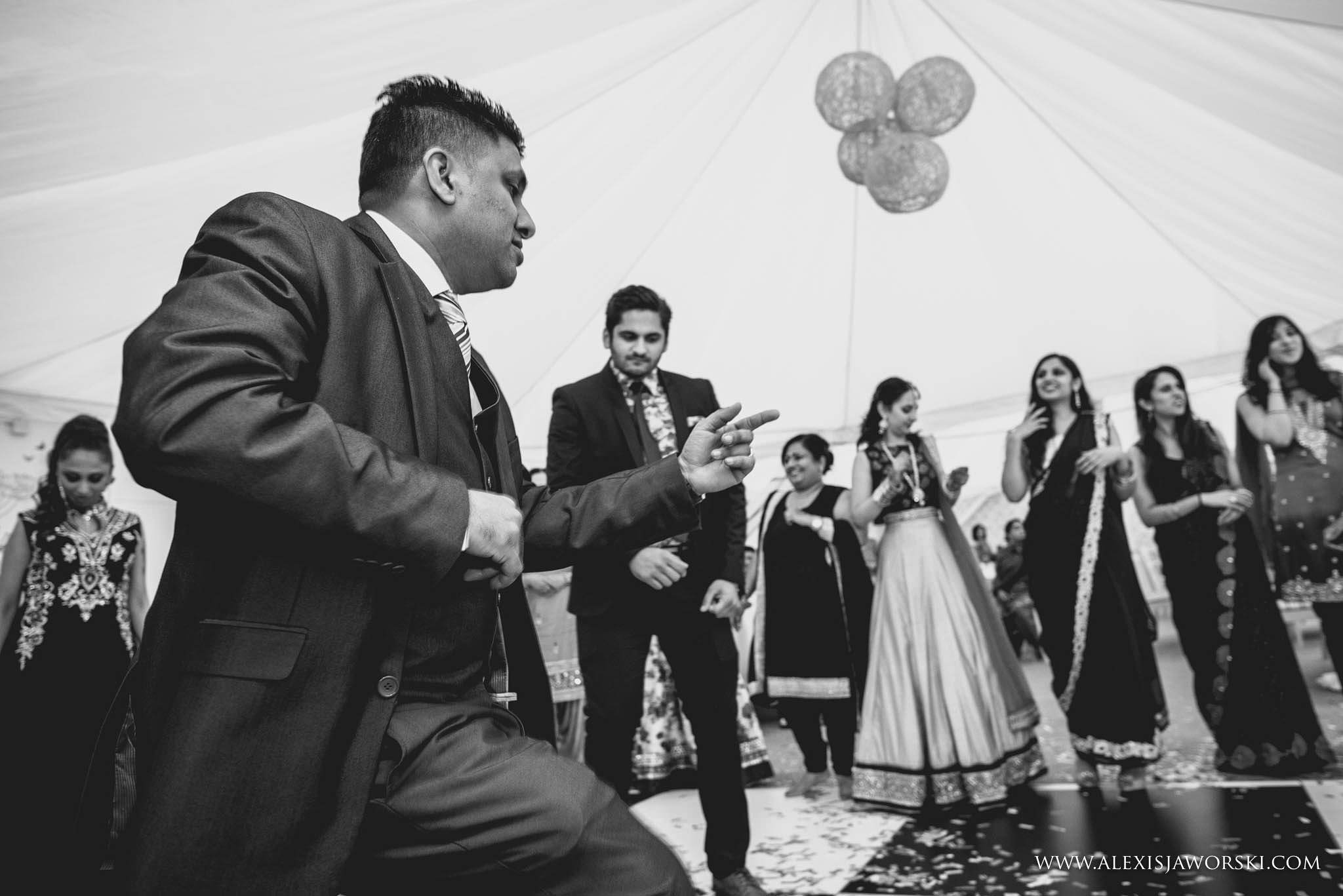Windsor Racecourse wedding photographer-572