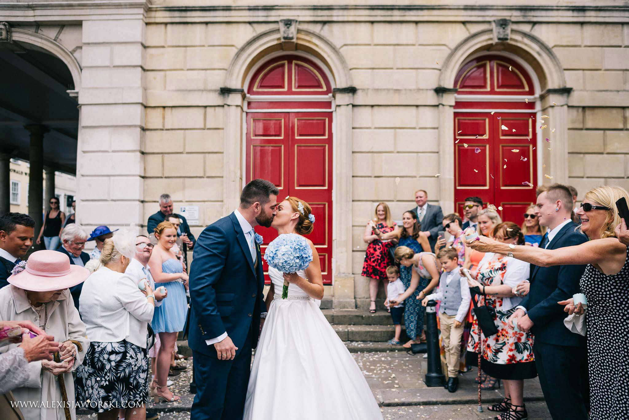 kissing outside the guildhall doors