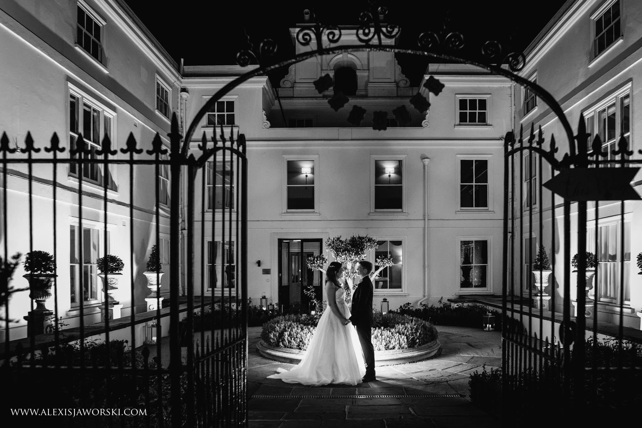 bride and groom night portrtait
