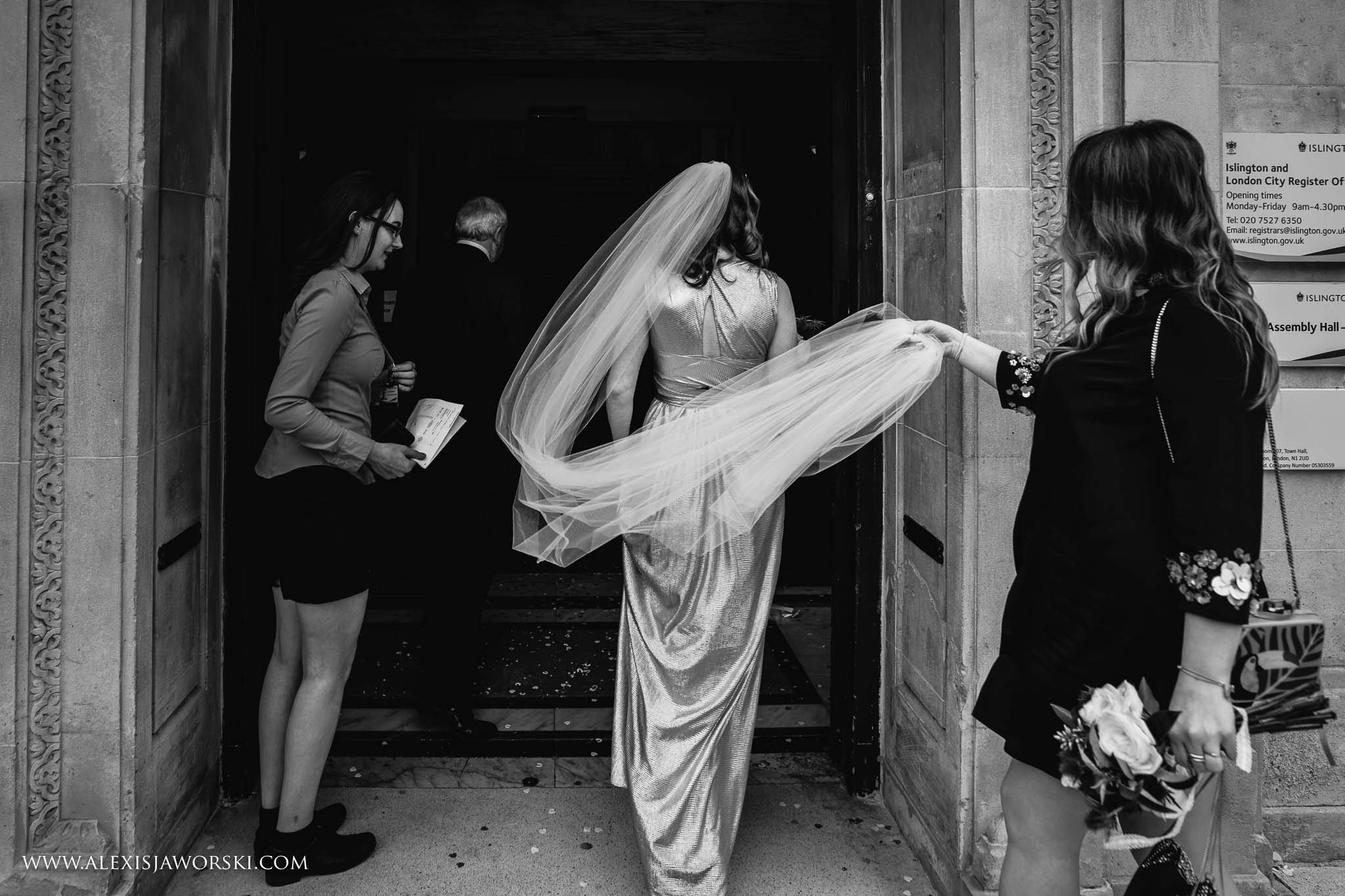 the bride arriving for the ceremony