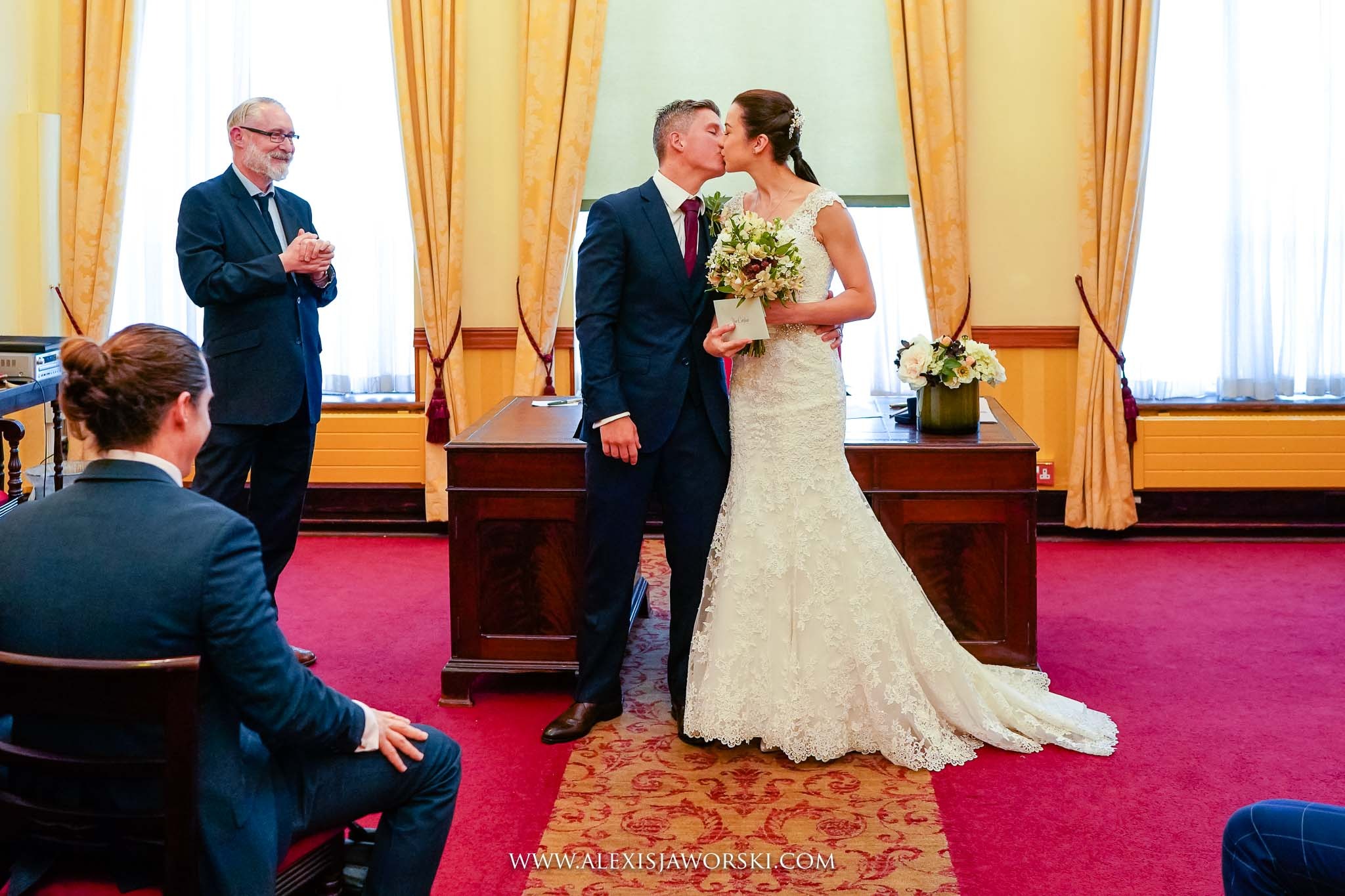 A kiss before leaving the ceremony