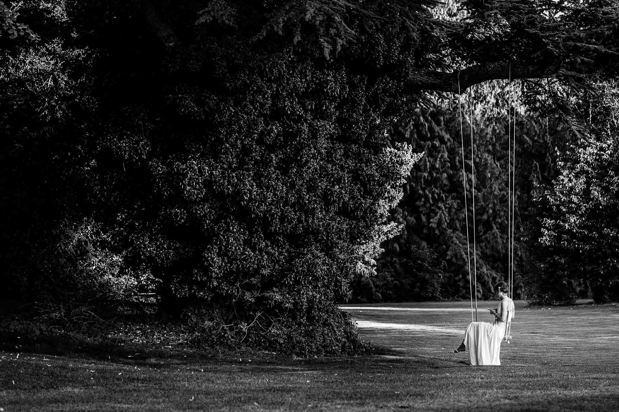 bridesmaid waiting