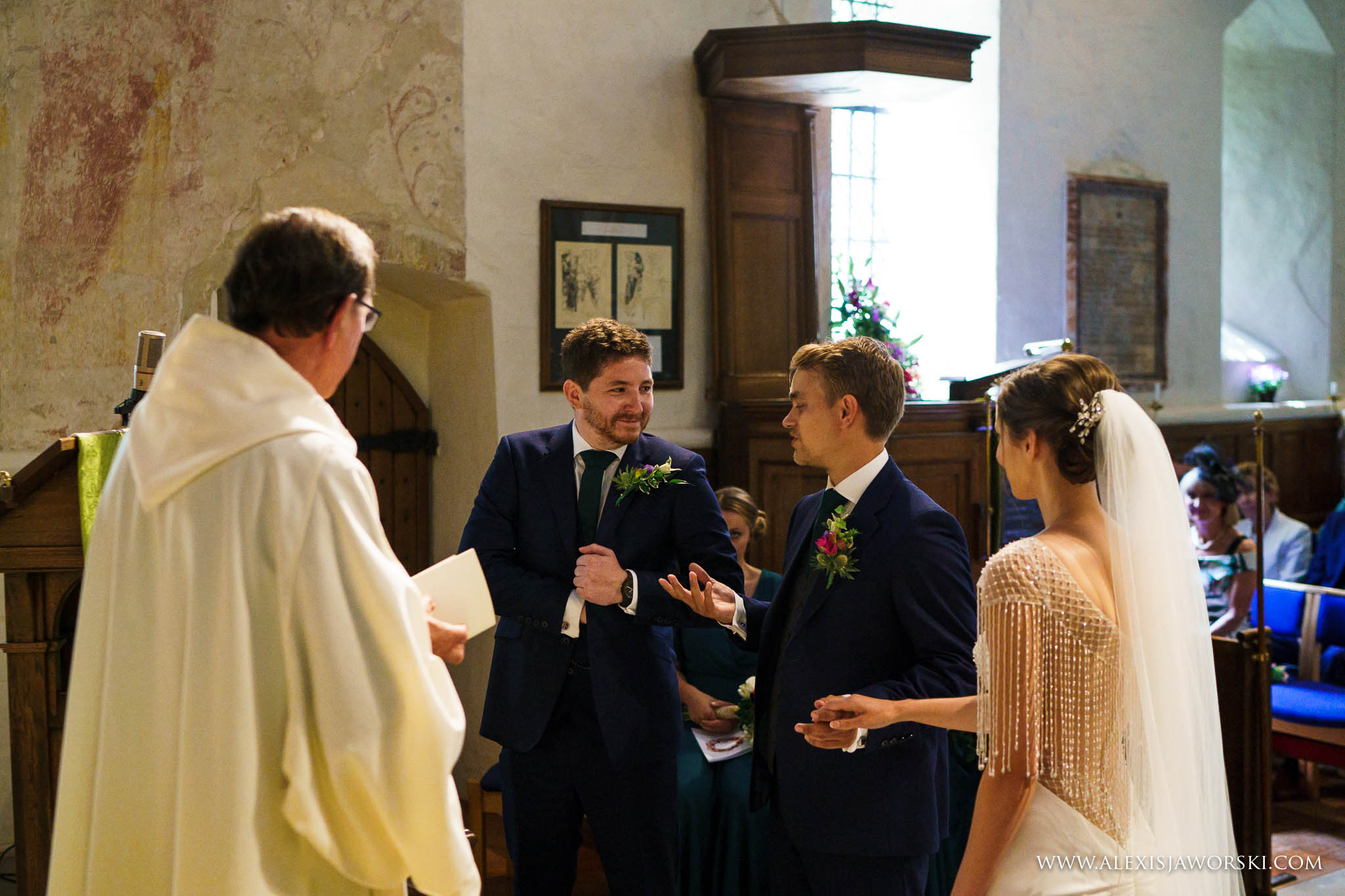 the best man forgets rings