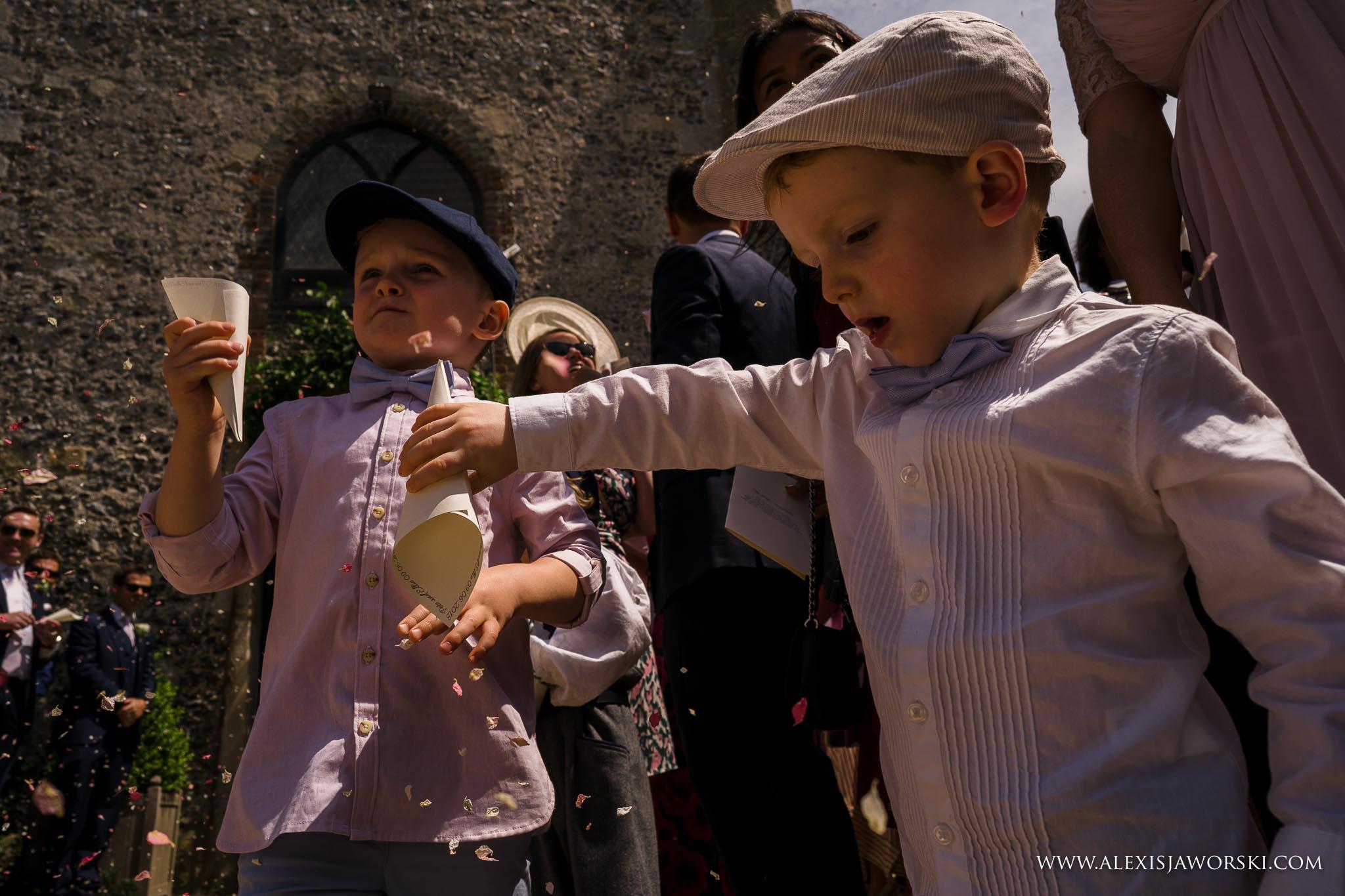 confetti for bride and groom