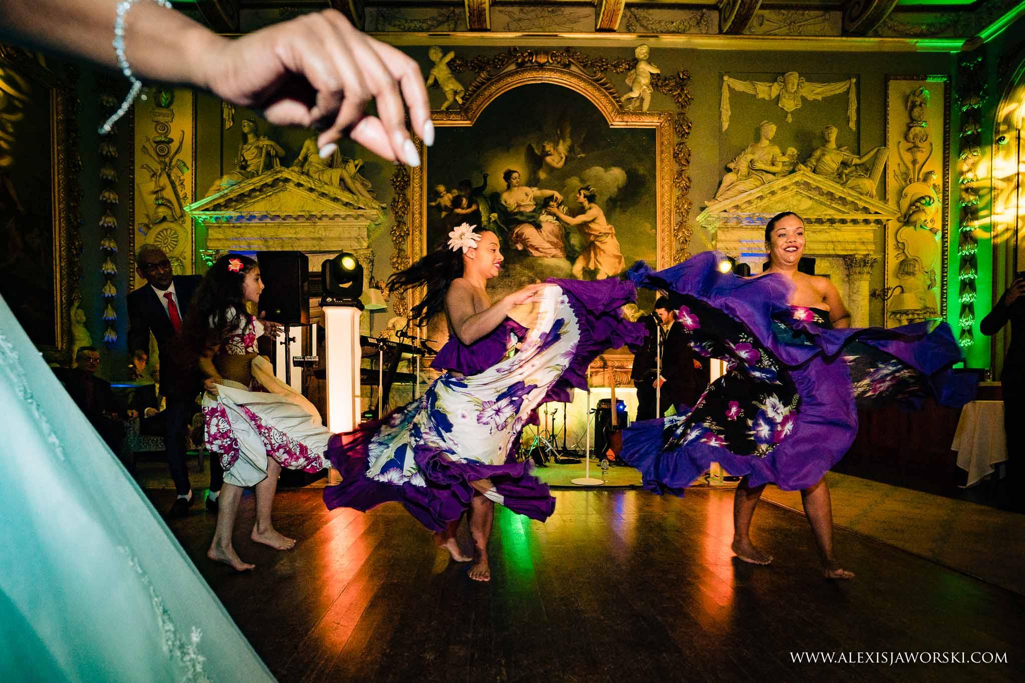 sega dancers