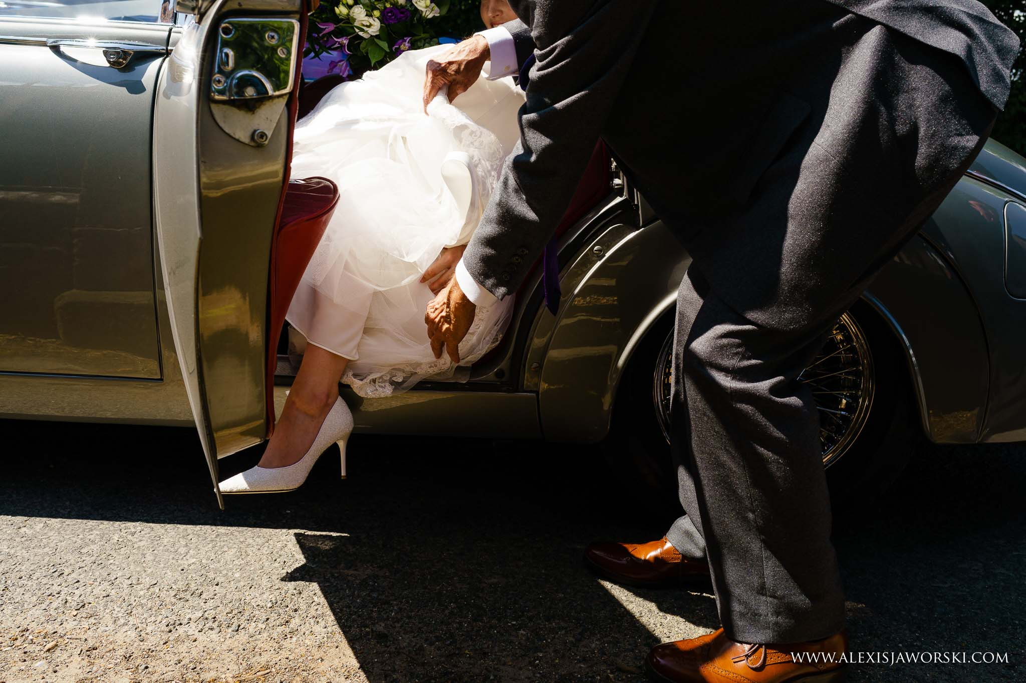 bride coming out of car