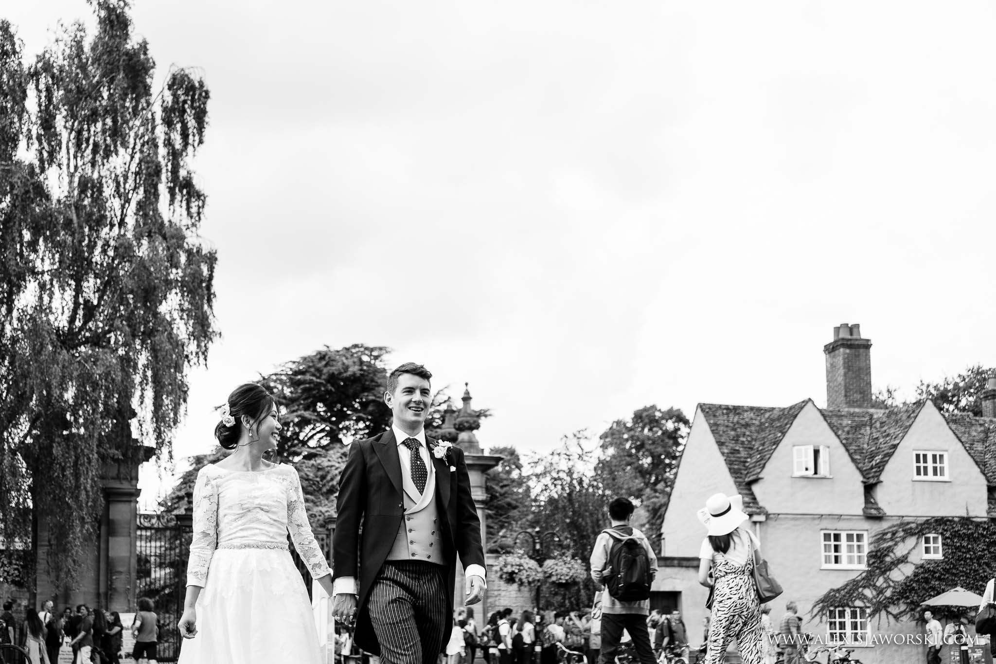 bride and groom in oxford portrait